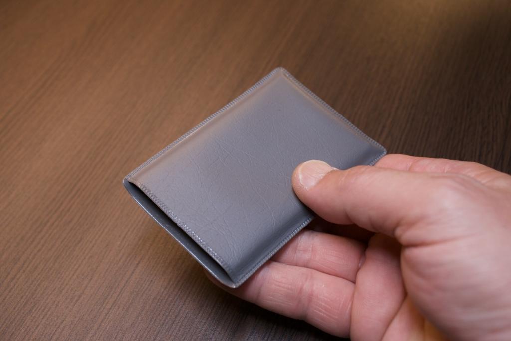 カード型盗聴器CDW-500の保管ケース